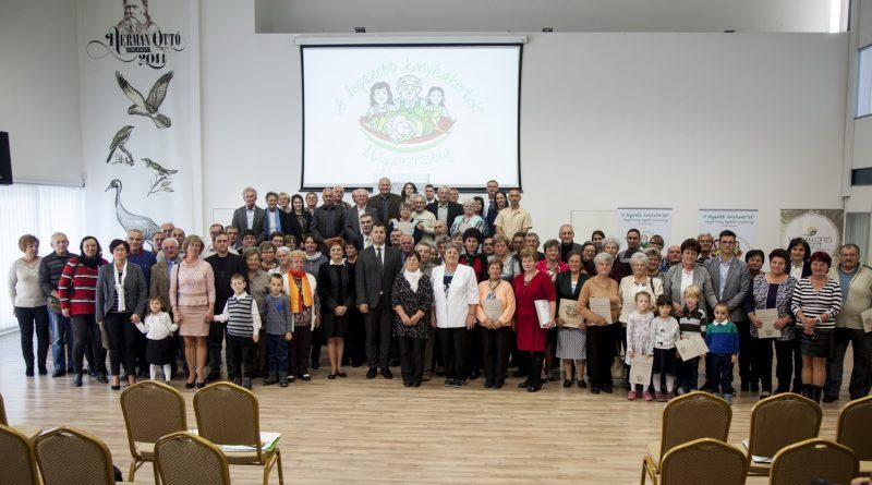 Évértékelő és a 2019. évre szóló Program-meghirdető ünnepség 11.00 óra +Fotók