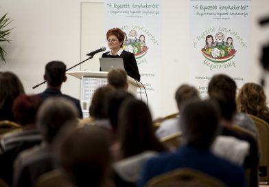 Kovács Szilvia programigazgató évértékelője, és 2019. év meghirdetése